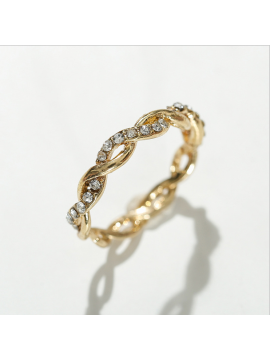 Twisted alloy ring