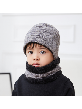 KIDS Knitted Beanie With Scarf